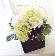 s白い花正方形